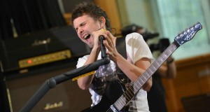 Muse (Live Lounge Special) BBC Radio 1